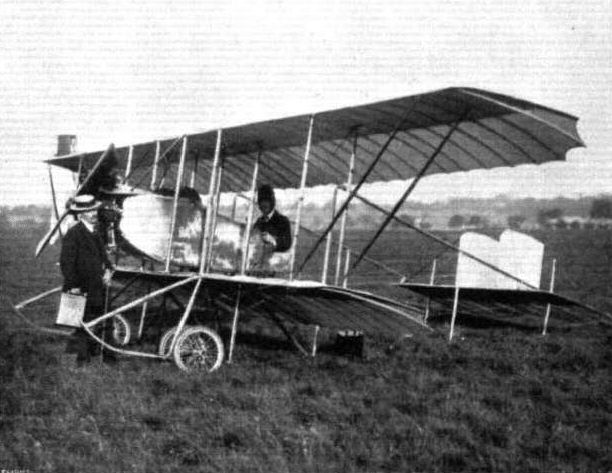 PHOTOGRAPH AVIATOR EDOUARD BAUMANN /& PLANE  50 HP CAUDRON BIPLANE AT  HENDON