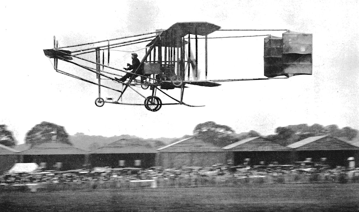early history of flight History of electric flight  the nickel/cadmium cell was still to appear and batteries used for these early flights were either small sealed lead/acid batteries.